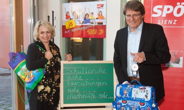 Bürgermeisterin Elisabeth Blanik und LH-Stv. Hannes Gschwentner