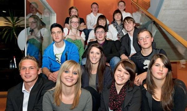 Die erfolgreichen Osttiroler Lehrlinge freuen sich über ihre Auszeichnung
