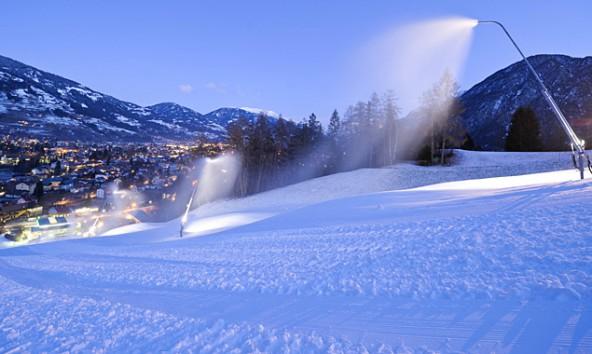 So ungefähr soll die Piste bis zum Skirennen aussehen. Fotos: EXPA Pictures