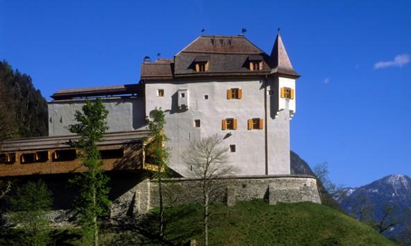 Auf Schloss Lengberg werden sich Theorie und Praxis miteinander verbinden.
