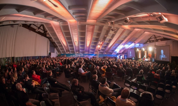Der TVBO nutzt die Dolomitenhalle regelmäßig für Veranstaltungen. Diesmal kollidiert der Termin mit den Cupbewerben der Tennisspieler.