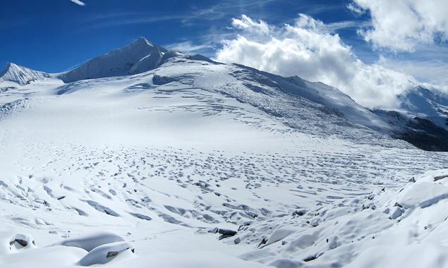 Das Obersulzbachkees am Großvenediger gehörte zu den traurigen Rekordhaltern der Gletscherschmelze. Foto: Alpenverein/B. Seiser