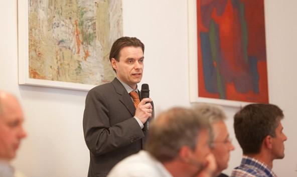 Er soll die Verkehrsmittel und -wege der Zukunft in Lienz finden: Verkehrsplaner Michael Hochkofler aus Graz.