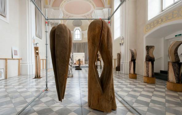 Skulpturen aus mehreren Jahrzehnten im perfekten Ambiente.