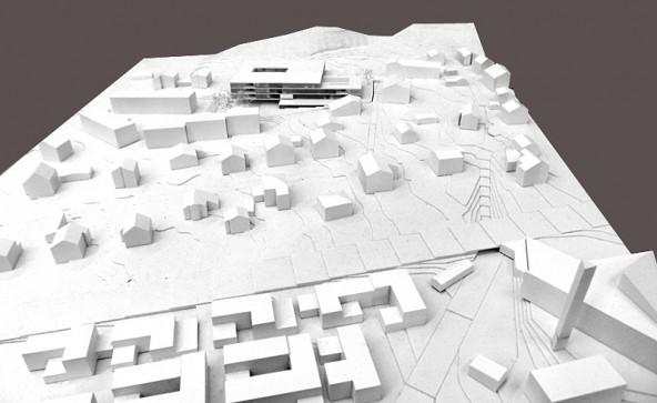 Das Modell zeigt gut die Lage des neuen Wohn- und Pflegeheimes im Ortskern von Nussdorf.