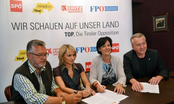 Sepp Schett (Vorwärts), Elisabeth Blanik (SPÖ), Andrea Haselwanter-Schneider (Fritz) und Rudi Federspiel (FPÖ) sind: Top. Foto: Fritz