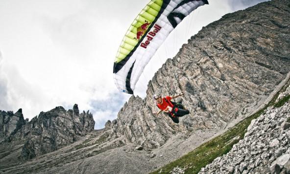 Der Schnellste mit dem Schirm: Paul Guschlbauer. Foto: Mirjah Geh Red Bull