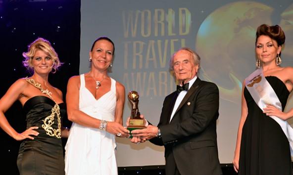 Elisabeth und Heinz Simonitsch freuen sich über den World Travel Award in der Wellness-Kategorie 2013.