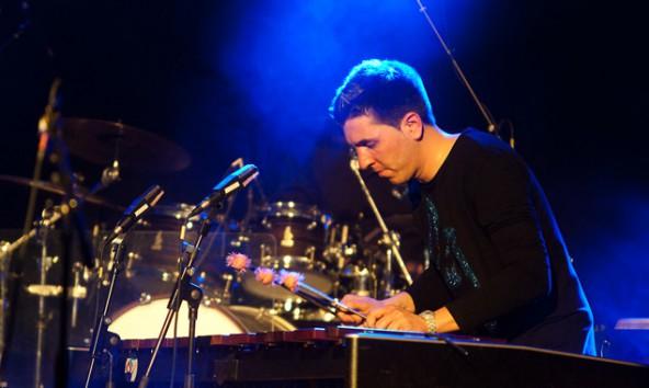 Markus Wendlinger spielte nicht nur mit seiner band Drumartic, sondern in vielen Formationen. Seine Freunde und Wegbegleiter wollen sich musikalisch verabschieden. Foto: Brunner Images