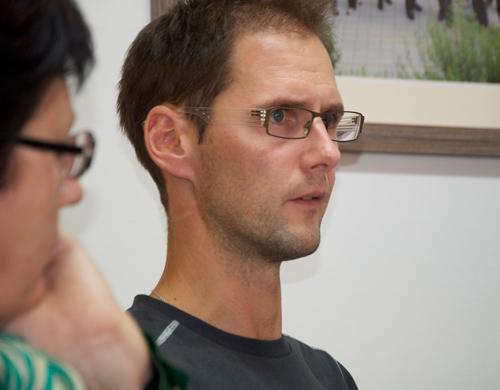 """Erich Pitterl fungiert auch als """"E-Buddy"""" für Lehrerkollegen. Fotos: Gerhard Pirkner"""
