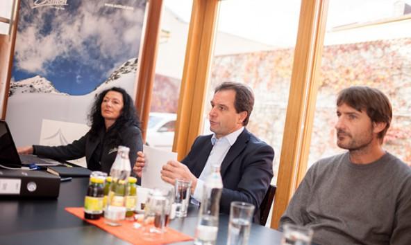 Paula Müllmann, Franz Theurl und AV-Bergsport-Referent Robert Schellander präsentierten Details zum 1. Austria Skitourenfestival.