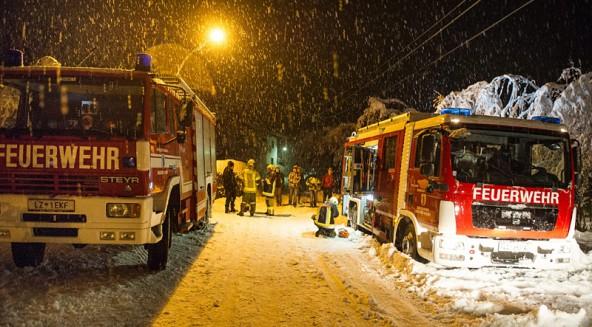 Auch in Nußdorf-Debant waren am Stefanitag die Einsatzkräfte unterwegs, ein Erdrutsch drohte.