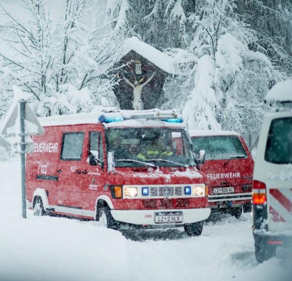 Auch in Heinfels legten umstürzende Bäume die Stromversorgung lahm. Foto: Expa/Gruber