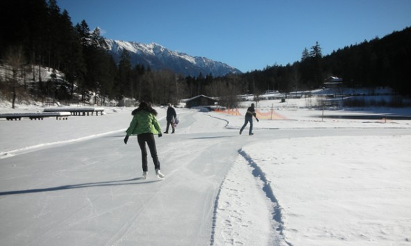 Tristacher-See-Eislaufen