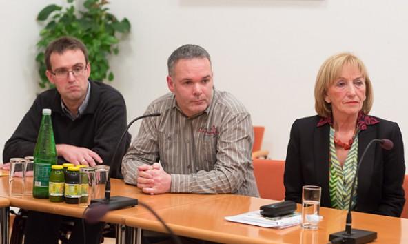 Martin Strasser (Mitte) ist Vorsitzender des Beirates, Helmut Brunner sein Stellvertreter. Christl Rennhofer-Moritz hat die Initiative ins Leben gerufen. Fotos: Brunner Images