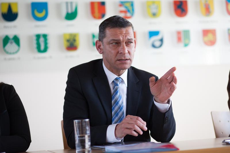 Der Landespolizeidirektor Mag. Helmut Tomac ist sich sicher, dass die Reformen auch im Bezirk Lienz die Sicherheit weiter steigern. Foto: Michael B. Egger