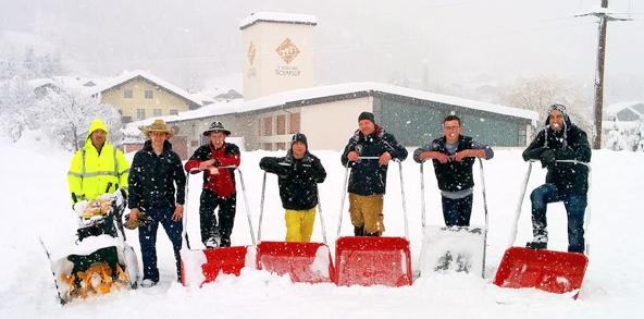 Schneefoto-Feuerwehr-Doelsach