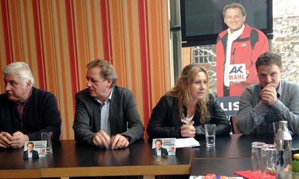 Der Spitzenkandidat von AAB/FCG, und sein regionales Team, von links: Kurt Steiner, Erwin Zangerl, Manuela Schober und Erwin Bachmann.