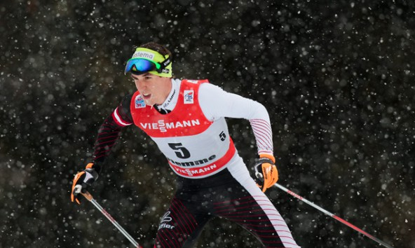 Johannes Dürr in Lago di Tesero bei der FIS Tour de Ski. Foto: EXPA/Federico Modica