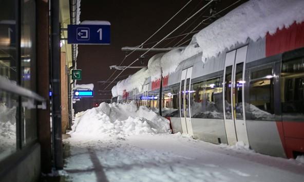 Vorerst eingestellt bleibt auch der Bahnverkehr von und nach Lienz.