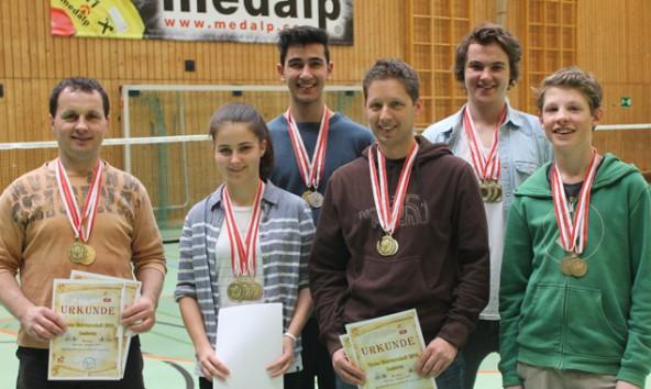 Die erfolgreichen Athleten mit ihrer Ausbeute v.l.: Edi Blassnig, Irina Olsacher, Alim Yürekli, Hans-Peter Waltl, Michael Christof und Andreas Pfurtscheller.