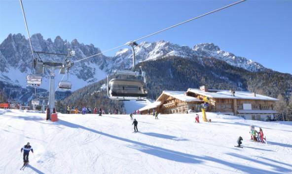 In Zukunft sollen Wintersportler auch mit Ski und Snowboard vom Helm zum Haunold fahren können. Foto: Sextner Dolomiten AG