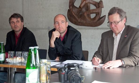 Wollen jungen Unternehmern in Osttirol helfen Fuß zu fassen, v.l.: WIFI-Bildungsmanager Walter Patterer, Junge Wirtschaft Bezirksvorstand Hannes Mahl und Wirtschaftkammer Obmann Michael Aichner.