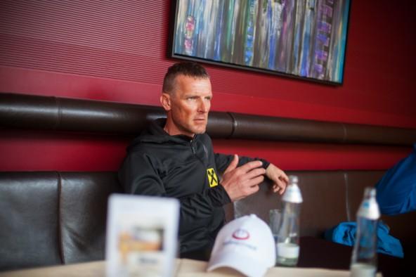 Wolfgang Stocker ist einer der beiden Freunde, die Andy Holzer auf den Everest begleiten.
