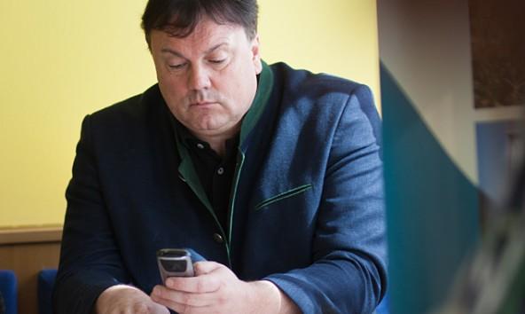 Er gilt als Rechenkünstler unter Tirols Gemeindeoberhäuptern: der Matreier Bürgermeister Andreas Köll. Foto: Dolomitenstadt/Egger