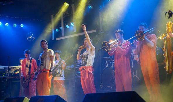 """Im Anschluss an die Siegerehrung gibt es Reggae von """"Jimmy and the Goofballs"""". Foto: Alex Mattersberger"""