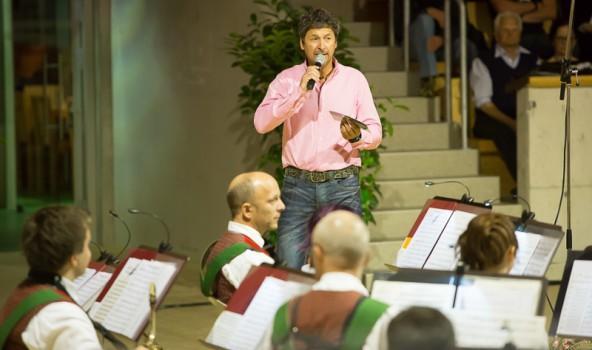 Äußerst unterhaltsam führte Moderator Hannes Lindsberger durch das Programm.
