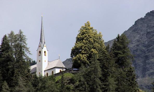 Das Helenenkirchl ist Ausgangspunkt und Namensgeber des Festes.