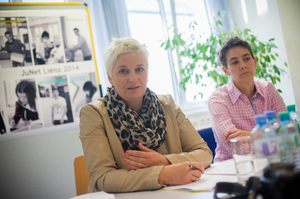 """""""Je geringer die Bildung, desto höher die Gefahr der Arbeitslosigkeit"""", erklärt Doris Batkowski, Leiterin des AMS Lienz."""