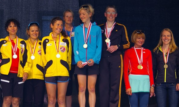 Fünfmal Gold eine Bronzemedaille gab es für das Damenteam der Sportunion Lienz bei der Tiroler Meisterschaft über zehn Kilometer Straßenlauf. Foto: LG Itter-Feller