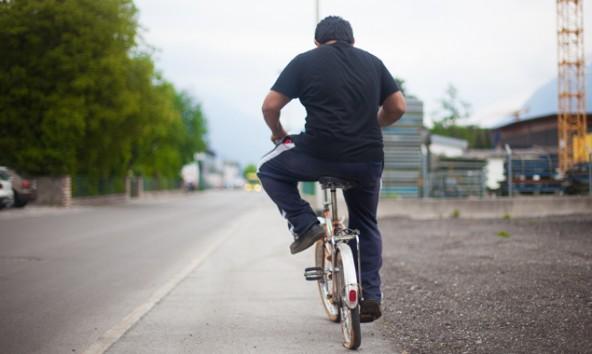 Radfahren auf dem Gehsteig – ein No-Go für die Gesetzeshüter. Foto: Dolomitenstadt/Egger