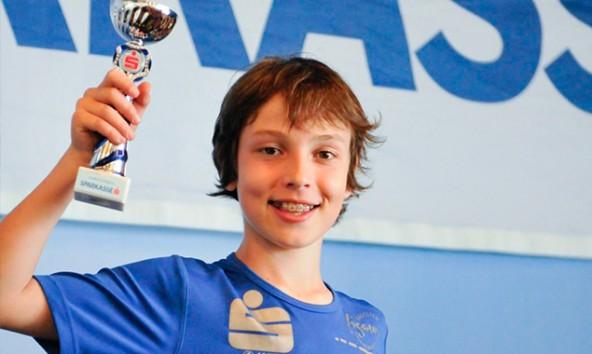 Samuel Müllmann holte im ersten Bewerb der Saison gleich den ersten Sieg.