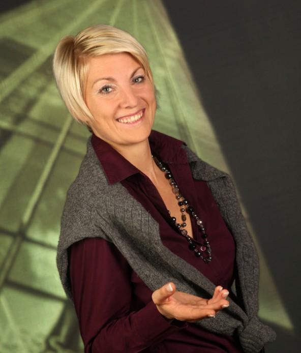 Bei der Vollversammlung wird sich Eva Haselsteiner den Osttiroler Wirtshcaftstreibenden vorstellen. Foto: www.mediendienst.com/Fotostudio Sissi Furgler