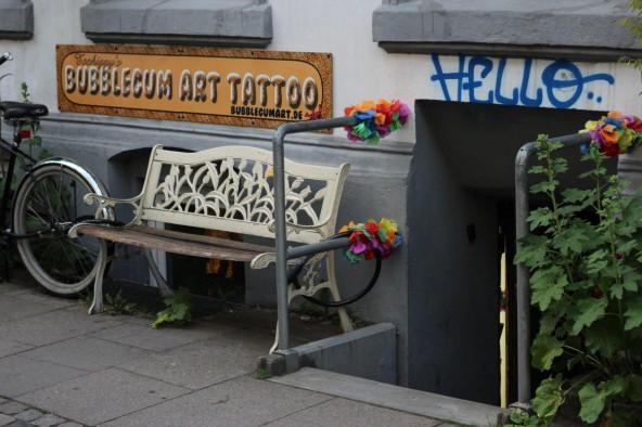 Auswahl Artikel Dolomitenstadt Juni 2014 Tschiggy Bubblegum Art (2)