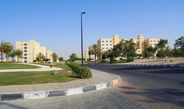 Die Stadt Stadt Al Ruwais hat 40.000 Einwohner und befindet sich im Westen des Landes.