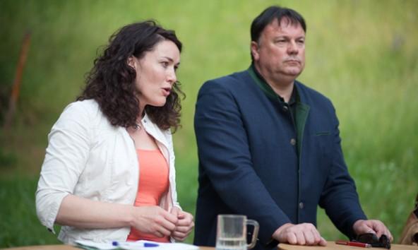 Ingrid Felipe und Andreas Köll wollen am 24. Juli in Sachen Natura 2000 einer Meinung sein. Fotos: Dolomitenstadt/Egger