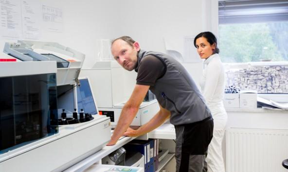 In Osttirol stehen rund um die Uhr Notärzte zur Verfügung, wie Dr. Gernot Walder, Systemleiter des Dienstes im Pustertal. Fotos: Brunner Images