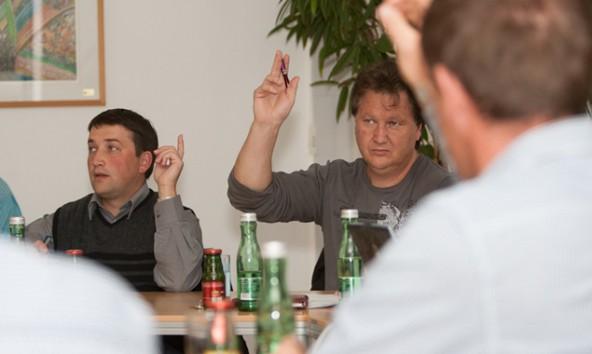 Peter Leiter (links) ist Sillianer Ortsbauernobmann. das Gemeindeparlament folgte seinem Antrag an das Land Tirol.