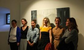 DolomitenDomino: Acht Künstlerinnen im Schloss