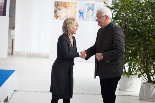 """Richard Piock hatte als Durst-Chef schon Helga Machné und Hannes Hibler als Gegenüber auf dem Bürgermeistersessel der Stadt. """"Das ist Demokratie"""", meinte Bürgermeisterin Elisabeth Blanik als Dritte in diesem Amt."""