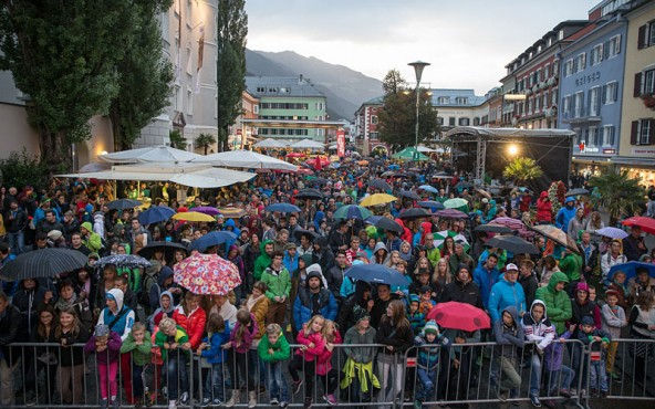 Riesenandrang trotz Regens. Das Free Solo Masters Kletterturnier in Lienz war schon bei seiner ersten Auflage ein Magnet.