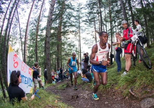 Am Berg der Größte: Petro Mamu sprintete auch heuer beim Dolomitenmann in einer eigenen Liga auf das Kühbodentörl. Foto: Expa/Gruber