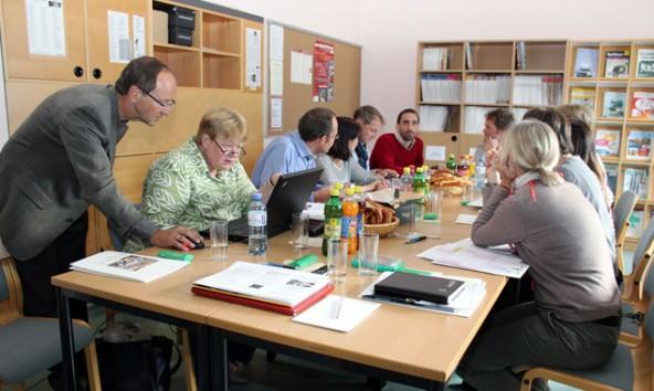 Roland Rossbacher (links) koordiniert die Europa-Aktivitäten des Lienzer Gymnasiums.