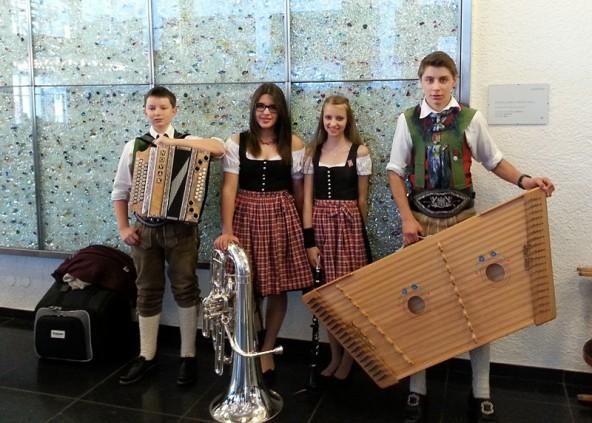 """Das Ensemble """"BeDaMiSt"""" v.l.n.r.: David Egartner, Bettina Schmidt, Miriam Egartner, Stefan Albrecht (Foto: Nicole Egartner)"""