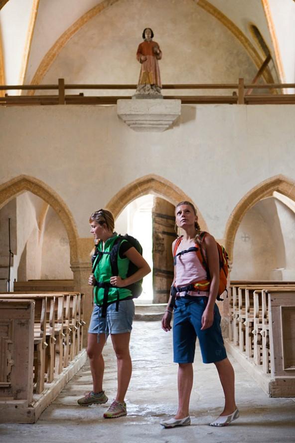 Die Matreier Nikolauskirche ist auch Ausflugsziel. Deshalb müssen die wertvollen Figuren geschützt werden. Foto: Ramona Waldner.