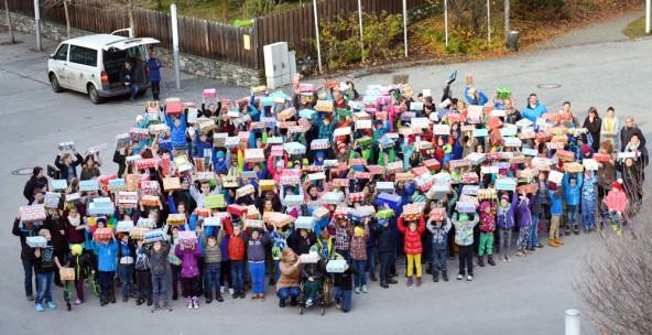 Ist das nicht sensationell? 365 Geschenke trugen die Matreier Kinder zusammen. Das bedeutet 365 Mal Freude für Kinder in Moldavien. Fotos: Anja Kofler